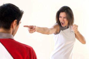 Frauen Selbstverteidigung
